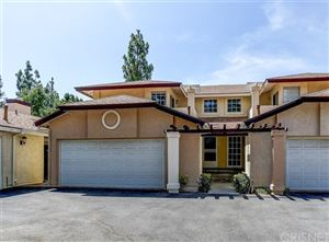 Photo of 22814 Banyan Place #12, Saugus, CA 91390 (MLS # SR19197863)