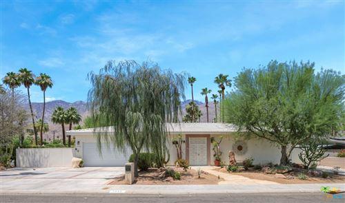 Photo of 1555 S Sagebrush Road, Palm Springs, CA 92264 (MLS # 21751864)