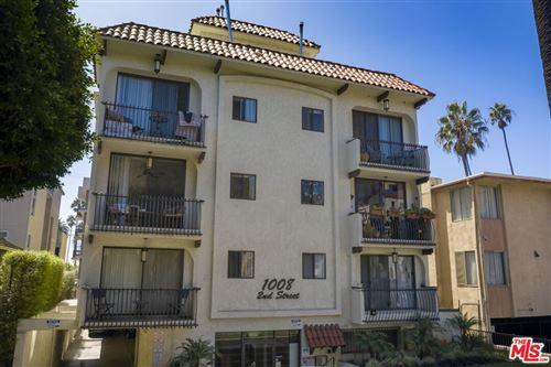 Photo of 1008 2Nd Street, Santa Monica, CA 90403 (MLS # 21794864)