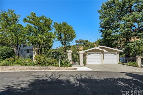 Photo of 14843 Round Valley Drive, Sherman Oaks, CA 91403 (MLS # SR20123864)