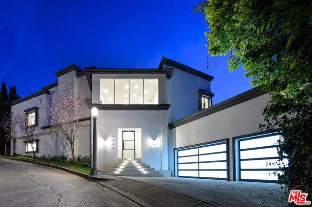 Photo of 9464 BEVERLY CREST Drive, Beverly Hills, CA 90210 (MLS # 20562864)