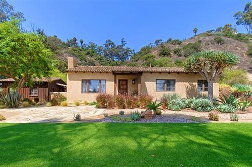 Photo of 5554 Las Palomas, Rancho Santa Fe, CA 92067 (MLS # 200023865)