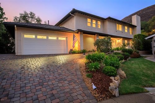 Photo of 485 Grand Oak Lane, Thousand Oaks, CA 91360 (MLS # 220009865)