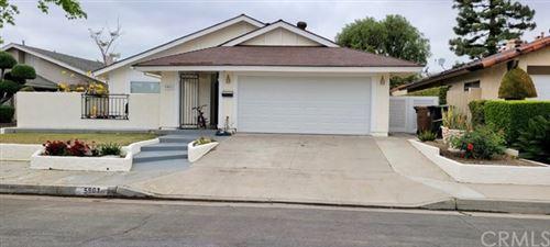 Photo of 5901 Lynnbrook, Yorba Linda, CA 92886 (MLS # PW21081865)