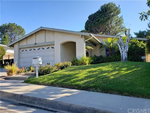 Photo of 11617 Lyster Avenue, Porter Ranch, CA 91326 (MLS # SR20130865)