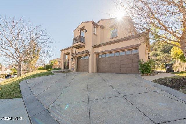 Photo of 757 Hartglen Avenue, Westlake Village, CA 91361 (MLS # 221000865)