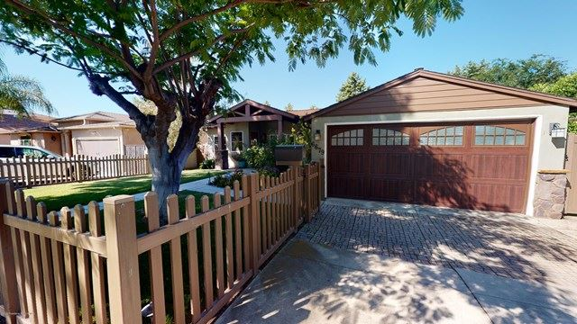 Photo of 6679 Atoll Avenue, North Hollywood, CA 91606 (MLS # 820001865)