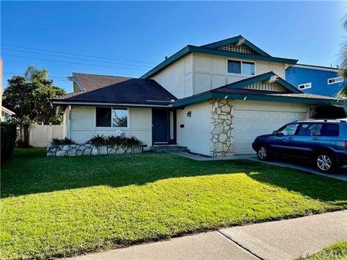 Photo of 6942 Laurelhurst Drive, Huntington Beach, CA 92647 (MLS # OC21042866)