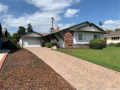 Photo of 18627 Prairie Street, Northridge, CA 91324 (MLS # SR21078867)
