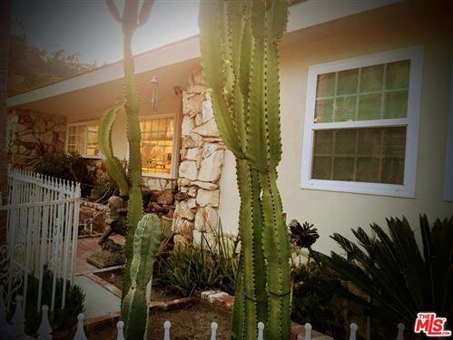 Photo of 5417 Weatherford Drive, Los Angeles, CA 90008 (MLS # 21687868)