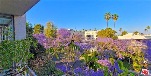 Photo of 441 N Oakhurst Drive #405, Beverly Hills, CA 90210 (MLS # 21743868)