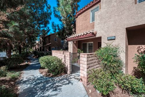 Photo of 22729 Copper Hill Drive #14, Saugus, CA 91350 (MLS # SR21230869)
