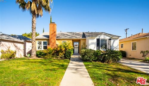 Photo of 2758 COOLIDGE Avenue, Los Angeles, CA 90064 (MLS # 20540870)