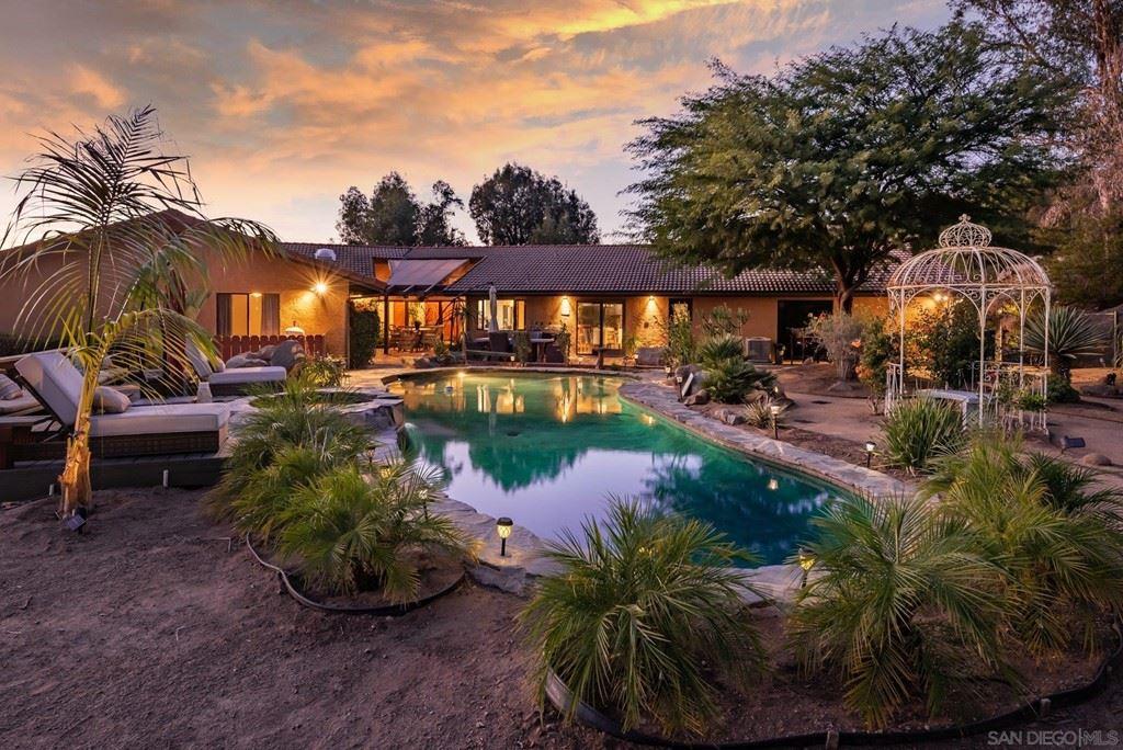 933 Vista Del Monte Way, El Cajon, CA 92020 - #: 210029870