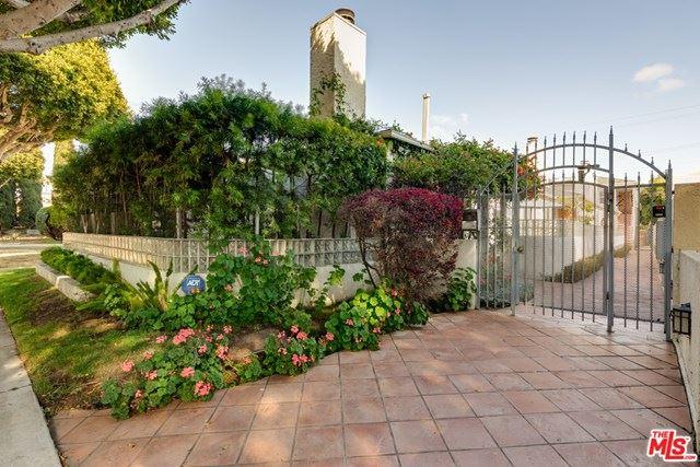 Photo of 2134 Oak Street #1, Santa Monica, CA 90405 (MLS # 21725870)