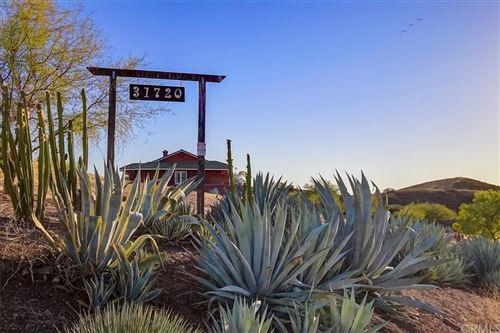 Photo of 31720 Diamond View Lane, Agua Dulce, CA 91390 (MLS # BB21212871)