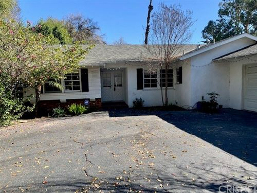 Photo of 5628 Ponce Avenue, Woodland Hills, CA 91367 (MLS # SR20012871)
