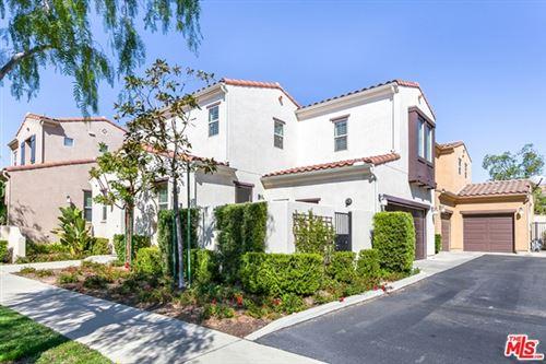 Photo of 20225 Pienza Lane, Northridge, CA 91326 (MLS # 20629872)
