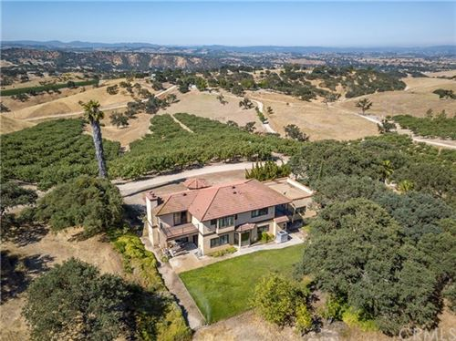 Photo of 6520 Long Hill Place, Paso Robles, CA 93446 (MLS # PW19166873)