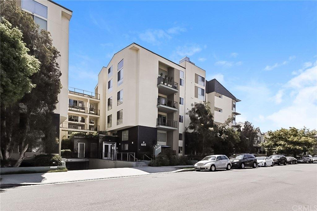 600 S Ridgeley Drive #104, Los Angeles, CA 90036 - MLS#: OC21149873