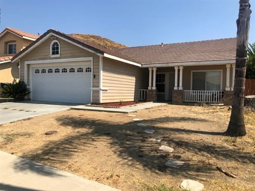 Photo of 1119 Mirada Dr, Perris, CA 92571 (MLS # 200042874)