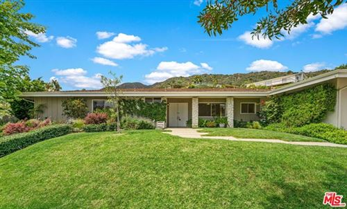 Photo of 375 SURFVIEW Drive, Pacific Palisades, CA 90272 (MLS # 20572874)