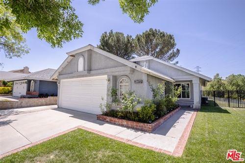 Photo of 28453 Evergreen Lane, Santa Clarita, CA 91390 (MLS # 21729874)