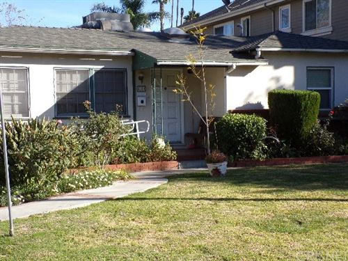 Photo of 5314 Wilkinson Avenue, Valley Village, CA 91607 (MLS # SR20259874)
