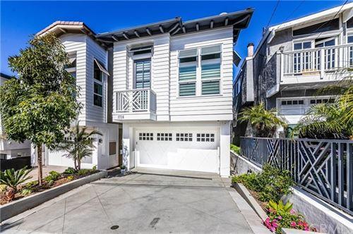 Photo of 1724 Steinhart Avenue, Redondo Beach, CA 90278 (MLS # SB21091875)