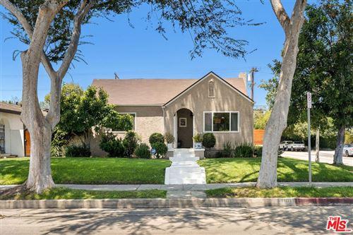 Photo of 1101 S Plymouth Boulevard, Los Angeles, CA 90019 (MLS # 21766876)