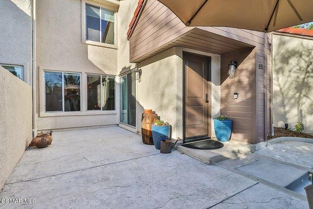 Photo of 919 Via Colinas, Westlake Village, CA 91362 (MLS # 221000876)