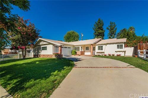 Photo of 5736 Le Sage Avenue, Woodland Hills, CA 91367 (MLS # 320002877)