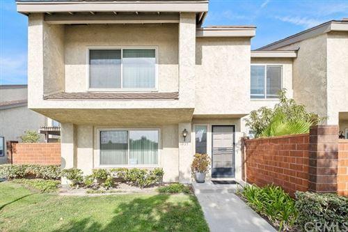 Photo of 1035 W Orangewood Avenue, Anaheim, CA 92802 (MLS # PW20245877)