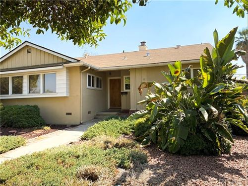 Photo of 19412 Victory Boulevard, Tarzana, CA 91335 (MLS # SR20209877)