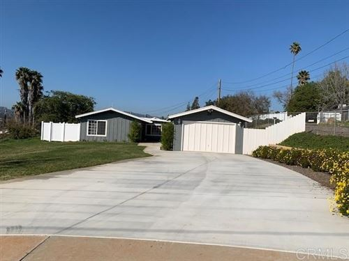 Photo of 150 Trellis Ln, Escondido, CA 92026 (MLS # 200008878)