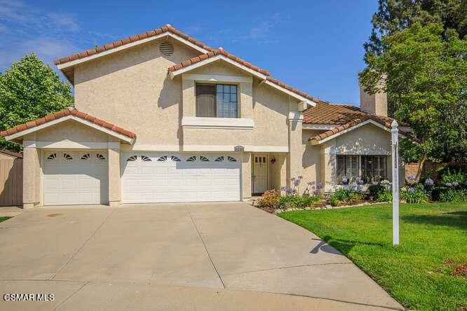 Photo of 4046 Oak Glen Court, Moorpark, CA 93021 (MLS # 221003878)