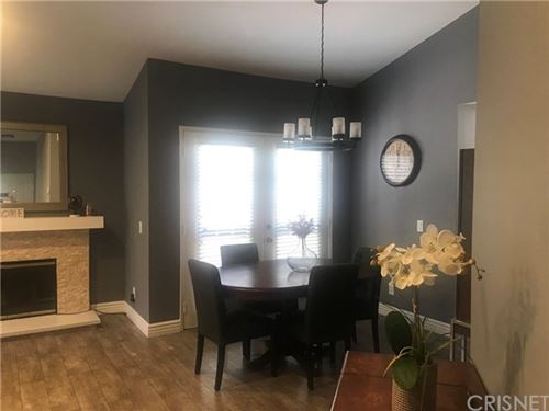 Tiny photo for 20041 Avenue Of The Oaks, Newhall, CA 91321 (MLS # SR20192879)