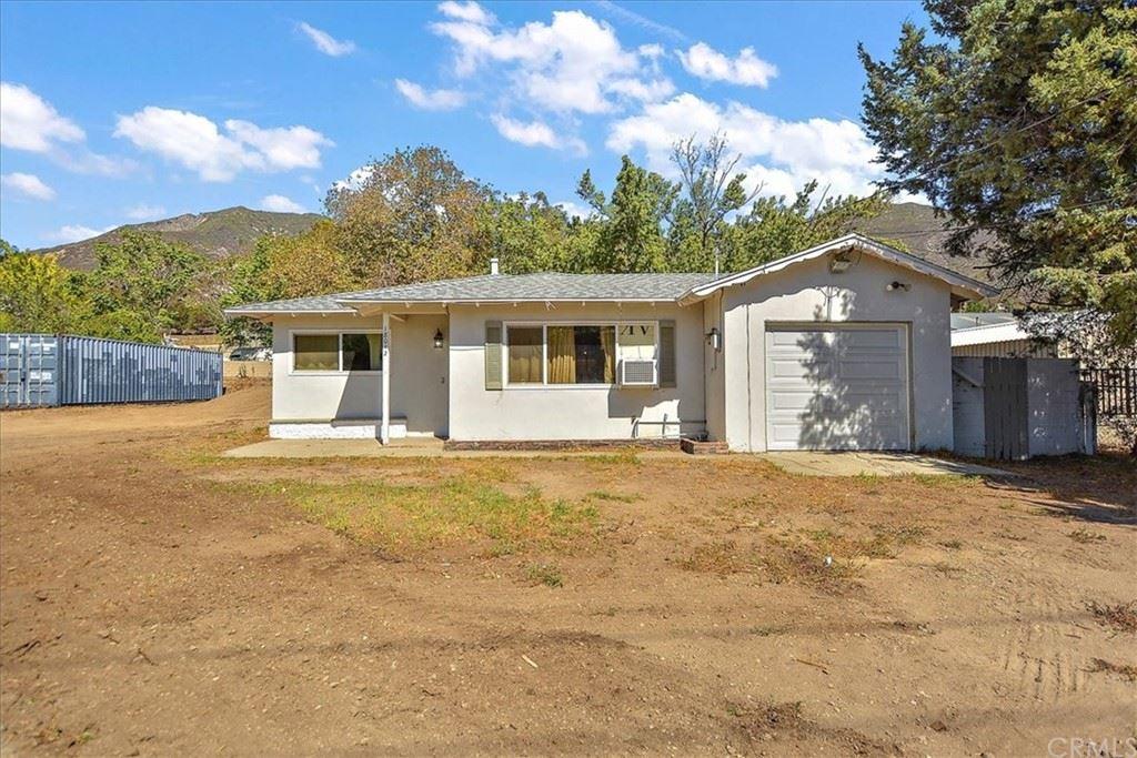 18012 W Kenwood Avenue, San Bernardino, CA 92407 - MLS#: CV21227879