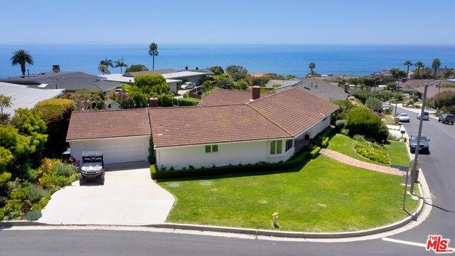 Photo of 20404 ROCA CHICA Drive, Malibu, CA 90265 (MLS # 20575880)
