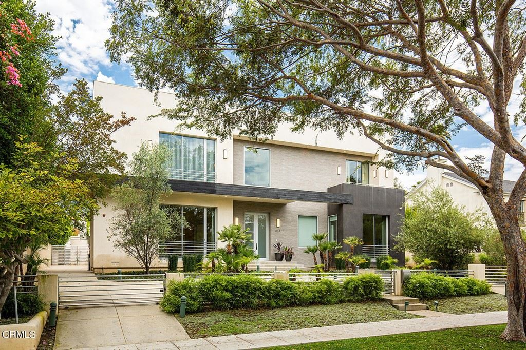 Photo of 613 N Elm Drive, Beverly Hills, CA 90210 (MLS # P1-5880)