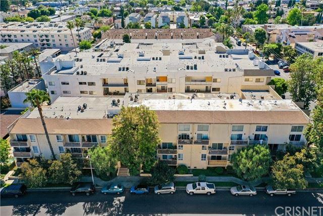 Photo of 5257 Radford Avenue #104, Valley Village, CA 91607 (MLS # SR21129880)