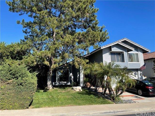 Photo of 25491 Shawnee Drive, Lake Forest, CA 92630 (MLS # OC21044881)