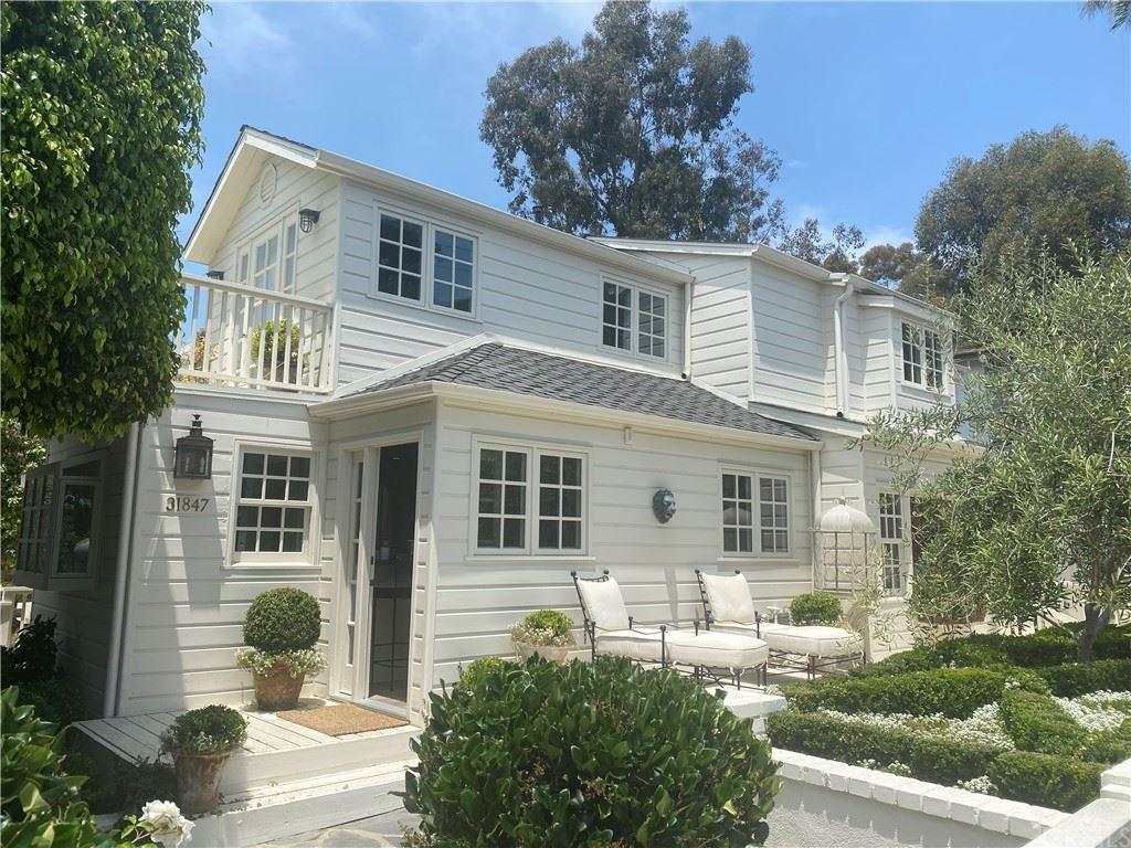 Photo of 31847 8th Avenue, Laguna Beach, CA 92651 (MLS # OC21160881)