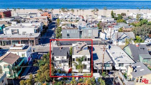 Photo of 103 BROOKS Avenue, Venice, CA 90291 (MLS # 20566882)