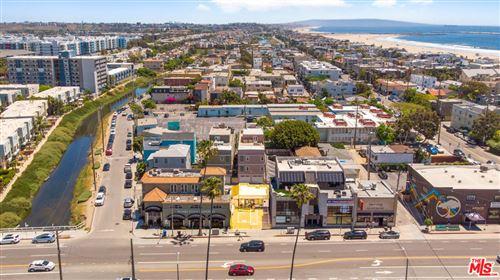 Photo of 116 WASHINGTON Boulevard, Venice, CA 90292 (MLS # 20585882)