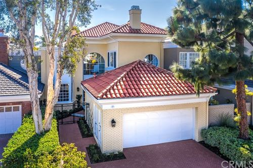 Photo of 23 Chatham Court, Newport Beach, CA 92660 (MLS # OC21014882)