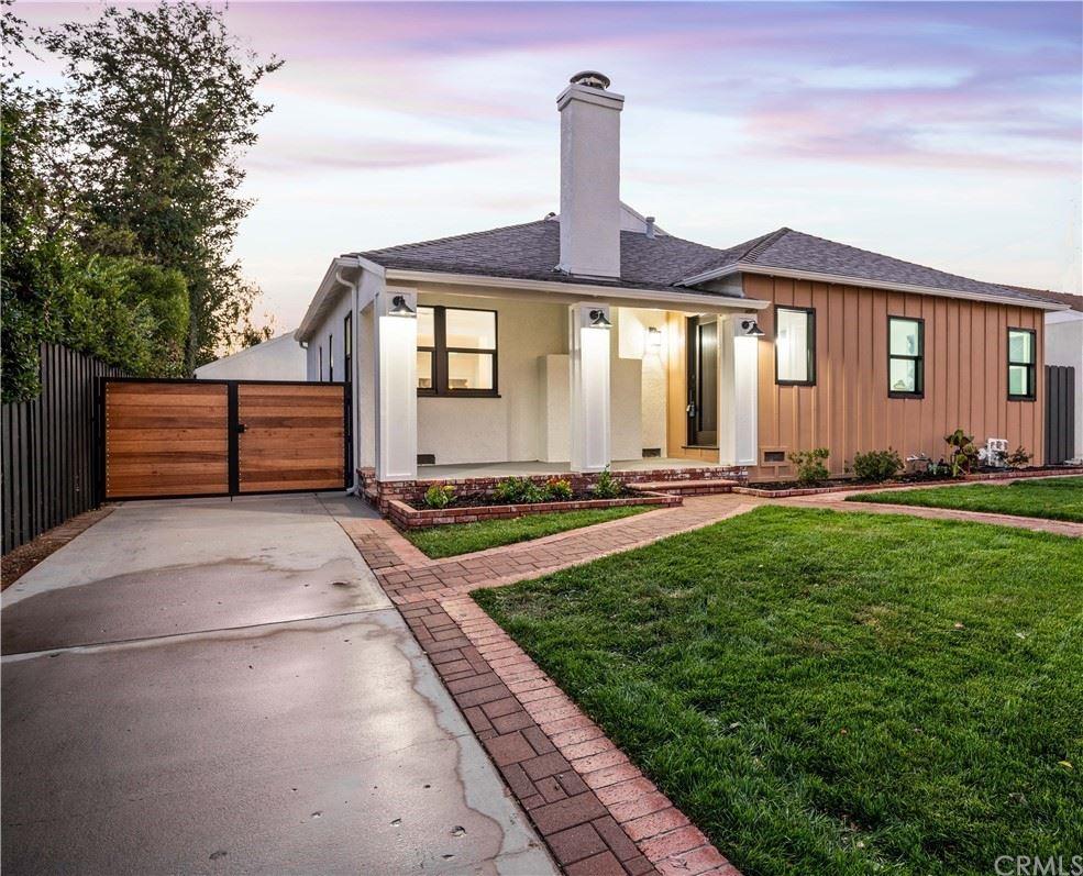 Photo of 433 N Keystone Street, Burbank, CA 91506 (MLS # IV21228882)