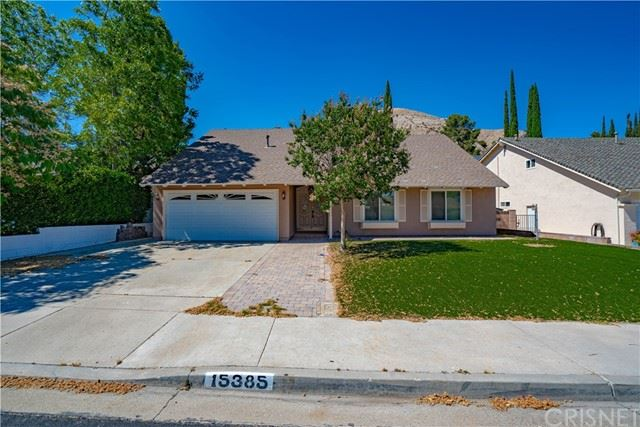 Photo for 15385 Rhododendron Drive, Canyon Country, CA 91387 (MLS # SR21146882)