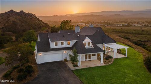 Photo of 18500 S Mountain Road, Santa Paula, CA 93060 (MLS # 221002883)