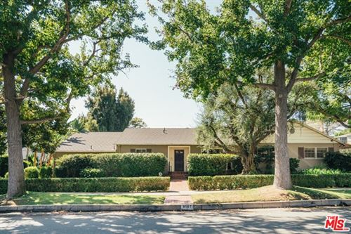 Photo of 9167 Carmelita Avenue, Beverly Hills, CA 90210 (MLS # 20641884)